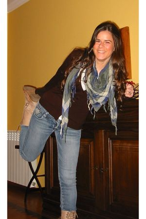 Stradivarius boots - pull&bear scarf
