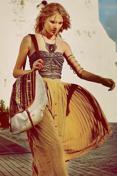 plisse no brand skirt