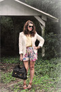 Pink-turquoise-sugarlips-shorts-cream-banana-republic-blazer