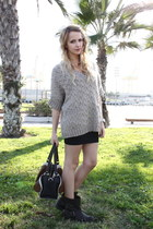 black Zara boots - camel Mango sweater - black Zara bag - black Zara skirt
