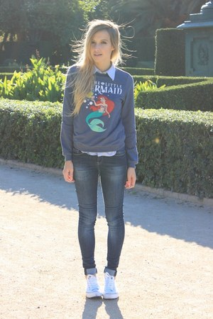 navy Primark sweatshirt - navy Zara jeans - white Converse sneakers