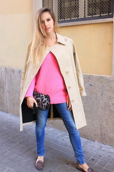 sky blue Zara jeans - camel La Redoute coat - bubble gum Zara sweater