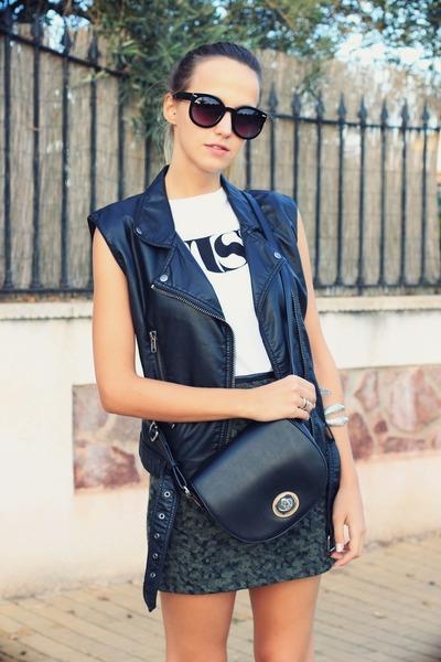 black benetton bag - army green Zara skirt - white pull&bear t-shirt