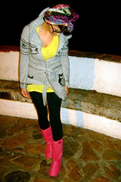 black Diesel leggings - yellow Miss Sixty shirt - silver pull&bear cardigan - pi