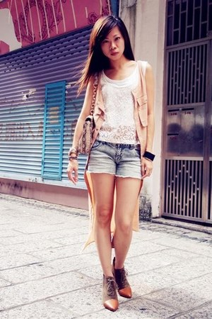 nude Monki dress - Zara boots - white H&M top