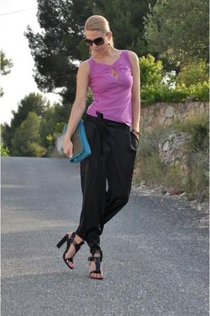tylie malibu bag - Roger Vivier heels - Chloe pants - cashmere Gucci top