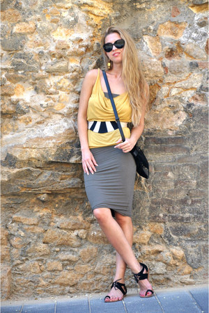 tapeet by vicini flats - James Perse dress - eley kishimoto belt - Hugo Boss top