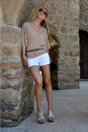 brown Marc Jacobs bag - white Bershka shorts - light brown Gucci sunglasses - ne