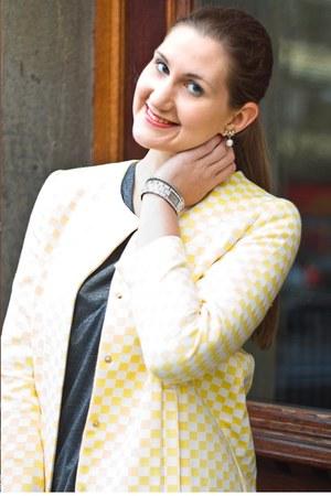 light yellow Zara coat