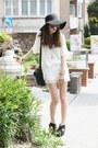 Ruffle-lace-oasapcom-shorts