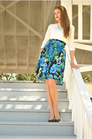 blue Maurices skirt - black Belk heels - off white New York & Co top