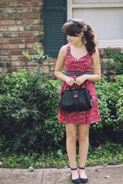 brick red bird motif Judith March dress - black from target 6 Mossimo purse