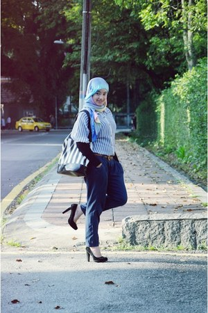 black pumps - periwinkle shirt - sky blue scarf - black bag - navy pants