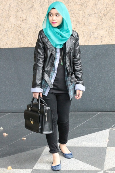 black jacket - green shirt - turquoise blue scarf - navy flats