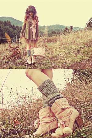 light pink Liz Lisa boots - heather gray romwe sweater