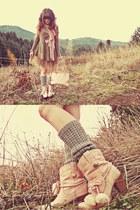 light pink Liz Lisa boots - heather gray romwe sweater
