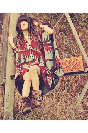 dark brown Buckle boots - crimson Urban Outfitters cape