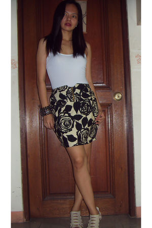 white Mango top - black random brand skirt - brown mags shoes - white Nine West