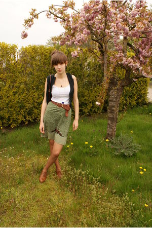green selfmade skirt - white camaieu top - brown Sacha shoes