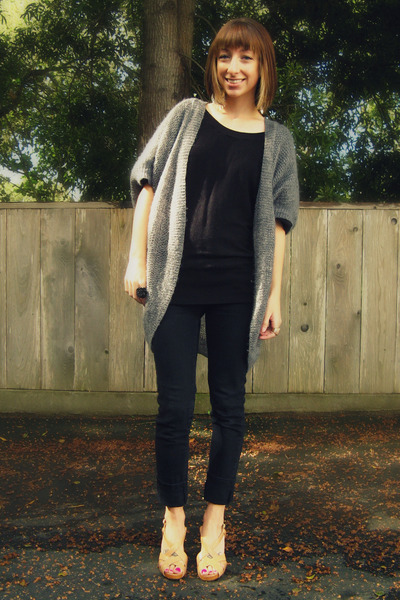 gray H&M cardigan - black H&M top - black Wet Seal jeans - beige Kors by Michael