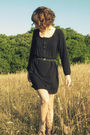 Black-via-crossroads-dress-brown-journeys-shoes-black-self-made-belt