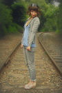 Gray-wet-seal-jeans-blue-self-made-top-gray-new-york-co-cardigan-beige-t