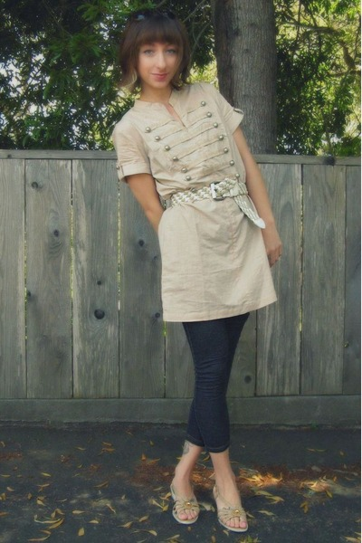 beige thrifted belt - beige rue21 dress - blue jeggings leggings - beige Ross