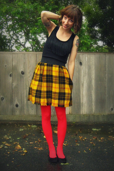 How To Wear Plaid Skirts - Charmed Valerie