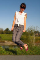 white thrifted from Crossroads top - gray Urban Outfitters pants - pink New York
