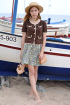 olive green boat sailor Orla Kiely skirt - beige straw vintage hat
