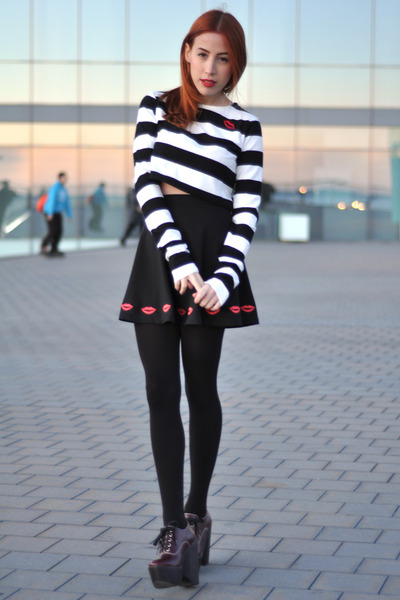 red red lips OASAP accessories - white striped Choies top
