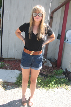American Apparel shirt - Dickies shorts - Thrifted- Italy belt