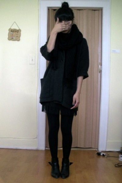 Old Navy jacket - Urban Outfitters skirt - Gap sweater - H&M scarf