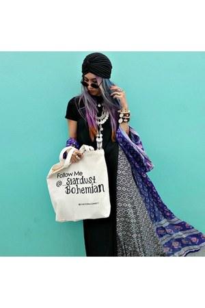 bracelet - hat - scarf - sunglasses - necklace - hair accessory