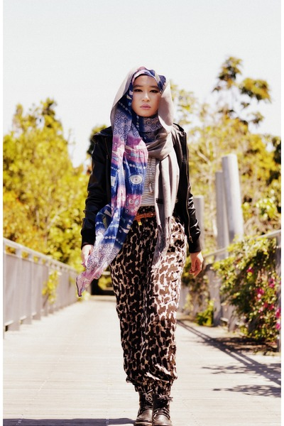 dark green pants - black jacket - violet scarf - heather gray scarf - white top