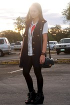navy Fickle coat - black People are People leggings - white bazaar find shirt -