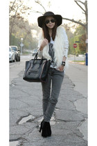 Zara cardigan - True Religion jeans - Celine bag - Ray Ban sunglasses