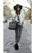 Zara cardigan - True Religion jeans - Celine bag - Ray Ban sunglasses
