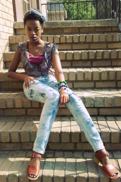 blue kohls jeans - brown Nine West shoes - purple kohls blouse - purple Wet Seal