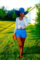 black oversized Macys hat - white H&M shirt - yellow Macys bag - blue H&M shorts