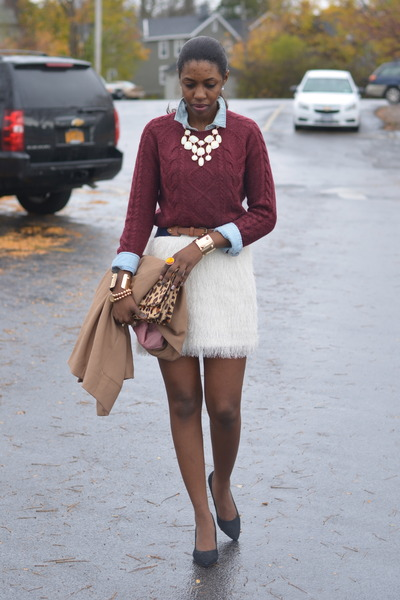 white feathers H&amp;M skirt - brick red cashmere H&amp;M sweater - camel blazer