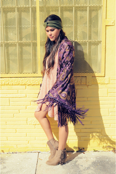 deep purple kimono Nasty Gal cardigan - camel Forever 21 boots
