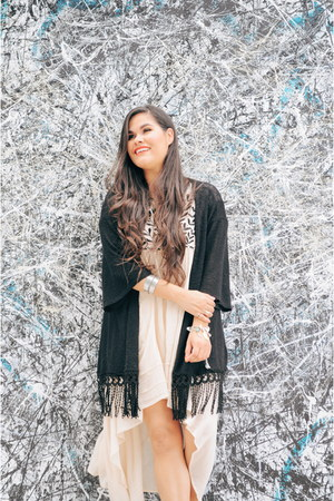 free people dress - cream free people dress - black Gypsan cape