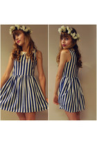 striped Sheinside dress - flower crown DIY hair accessory