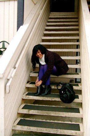 deena ozzy Urban Outfitters boots - kensie coat - deep purple HUE tights