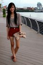 Bag-shorts-belt-top-necklace-sandals
