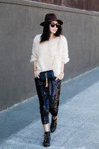 Chicwish sweater - Topshop pants