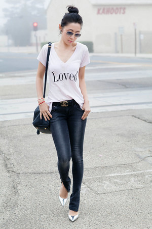 Wildfox t-shirt - dark gray jeans - Anine Bing jeans - light pink top
