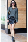 Steve-madden-boots-rag-bone-sweater-gray-sweater-clare-vivier-bag