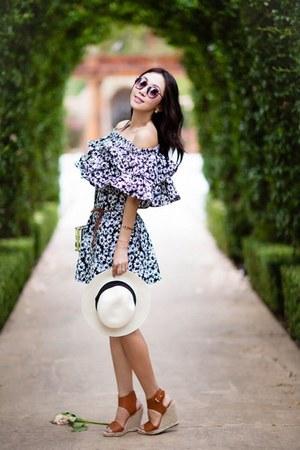 Chicwish dress - Chicwish bag